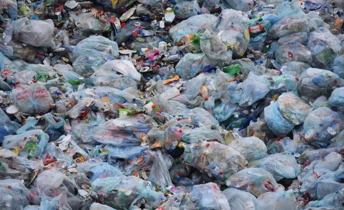 waste-1741127_1920-670x410